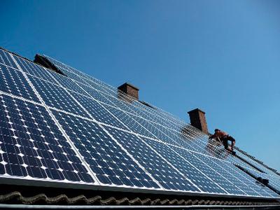 Dachsanierung und Photovoltaik